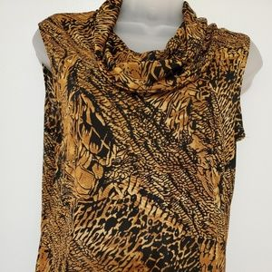 Women's sleeveless blouse size med